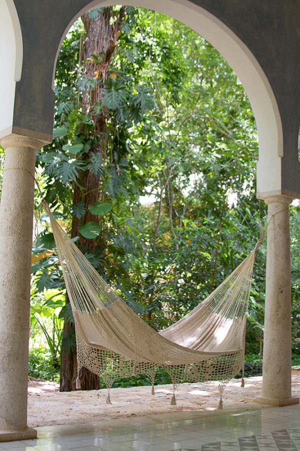 Deluxe Outdoor Cotton Mexican Hammock  in Cream Colour Queen Size